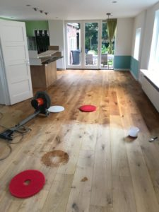 Renovatie vloeren voor foto